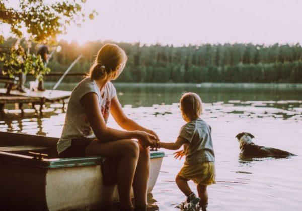איך לדבר על מיניות עם ילדנו